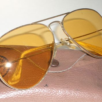 EARLY 1970s 58 14 VINTAGE B&L RAY-BAN ALLWEATHER AMBERMATIC AVIATOR SUNGLASSES