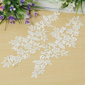 ONETOW 1 Pair DIY White Fabric Lace Mirror Flower Sewing Applique Lace Edge Trim Sewing Clothes Garment Wedding Decor Materials Supply