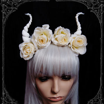 Devil flower crown ( Horns , Headdress, Roses, Goth , Fantasy )