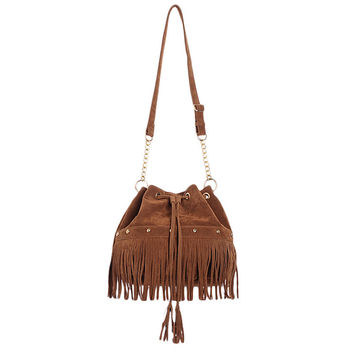Bohemia Faux Suede Leather Bucket Bag Women Messenger Bag Tassels Handbag Rivets Fringes Classic Design String Closure Brown