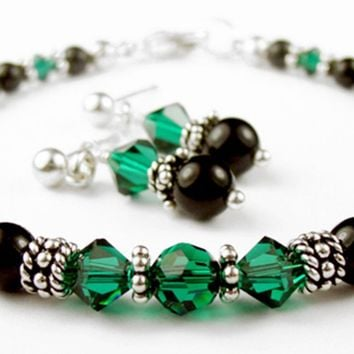 Black Pearl Beaded Bracelets and Earrings SET w/ Simulated  Green Emerald Accents in Swarovski Crystal Birthstone Colors