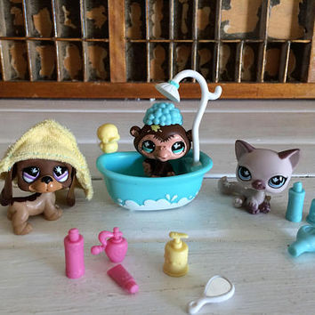Littlest Pet Shop Bath Time, Littlest Pet on the Go, LPS Collectors, LPS, Littlest Pet Cat, Littlest Pet Monkey, Littlest Pet Dachshund, LPS