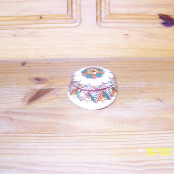 Ukrainian Ceramic Ware FW Hand Painted Round Covered Trinket Ring Stash Box Holder