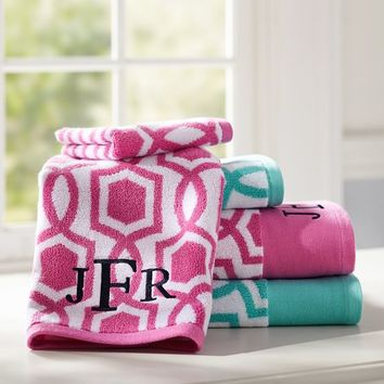 Trellis Twist Towel