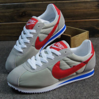 NIKE Cortez Forrest gump lovers shoes running shoes running shoes Grey red hook