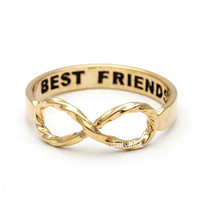 twisted infinity ring with engraved best friends, in gold
