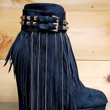 "Athena Black 5"" High Heel Wedge Ankle Boot Chain Fringe Stud Detail Size 8.5"