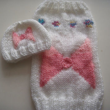 Dog clothes, dog jumper and hat, cat jumper and  hat set, gift for dog owners, Hand knitted in white with a pink bow Size XXS