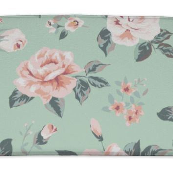 Bath Mat, Classic Wallpaper Vintage Flower Pattern On Green