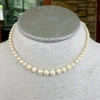 "Genuine Pearl Single Strand Graduated Choker Necklace 14-3/8"" Hand-tied 12.8(gr)"