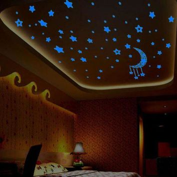 ONETOW 1 Set Stars Moon Glow In The Dark Wall Stickers Decals