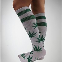 Leaf Athletic White Knee High Socks - Spencer's