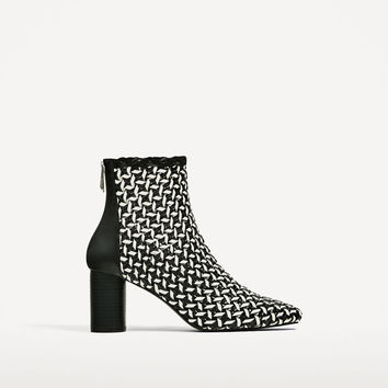 TWO-TONE BRAIDED HIGH HEEL ANKLE BOOTS DETAILS