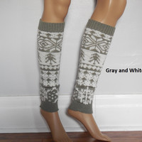 Gray And White Christmas Leg warmers, aztec Print Leg warmers, Boho Leg warmers, bohemian socks with a tribal print