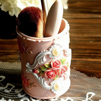 Pink Rose Lady Makeup Brush Holder Container Pen Holder Pot Resin Home Decoration Ornament