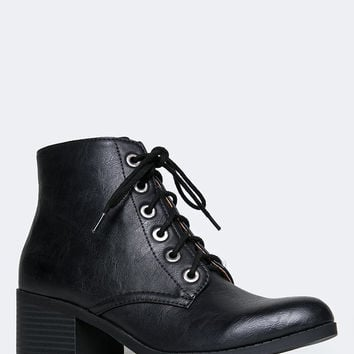 POINTED TOE MILITARY BOOTIE