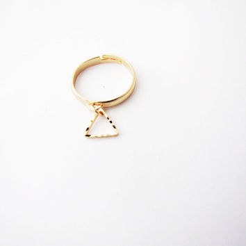 Geometric ring. Triangle ring. Minimalistic ring. Geo ring