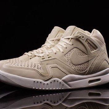 ESBUX5 NIKE AIR TECH CHALLENGE II LASER