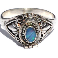 New Frescos Sterling Silver Bali Opal Doublet Gemstone Poison/Keepsake Ring