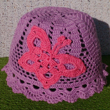 Crocheted sun hat for 2-3 y old. Summer hat. Purple/pink. Cotton. With big butterfly.