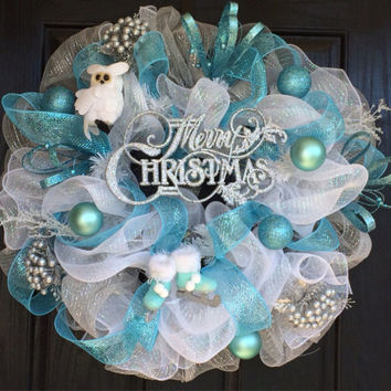 White Christmas Wreath, Christmas deco mesh wreath, deco mesh Christmas wreath, Merry Christmas wreath, blue and silver wreath