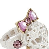 BetseyJohnson.com - LACE SKULL STRETCH RING WHITE