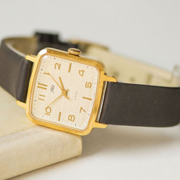 Elegant lady's watch Dawn, square wristwatch gold plated, women's watch checked face, minimalist lady watch gift, premium leather strap new