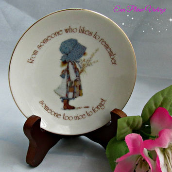 Holly Hobbie Lasting Treasures Series 1976 Remembering Someone Trinket Dish Home Decor Genuine Porcelain