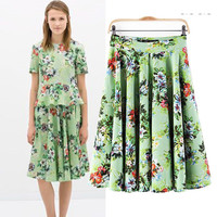Green Floral Print A-Line Pleated Midi Skirt