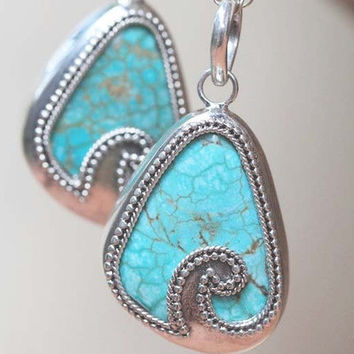 Turquoise Pendant in Solid 925 Sterling Silver