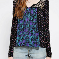 Urban Outfitters - Ecote Warsaw Top