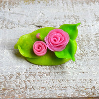 Flower Brooch, Polymer clay brooch, Pink roses brooch, Shabby chic brooch, Handmade brooch, Flower badge, Polymer clay badge