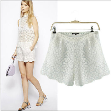White Floral Lace Side Zipper Shorts