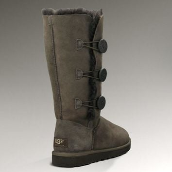 UGG: three button snow boots-2