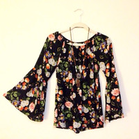 Floral Bell Sleeves Hippie Gypsy Top (Small/Indie Brands)