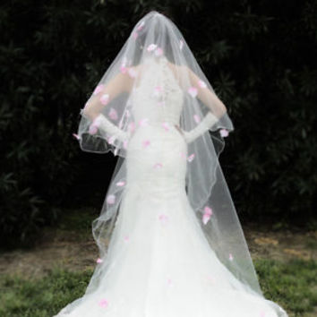 Fingertip Length Double Tieres 2T Ivory Wedding Bridal Veil with Pink Petals