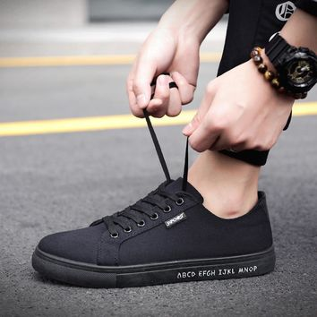 Spor Ayakkabi ERKEK Men Low Boots Shoes Canvas Sneakers Korean Style Tenis Summer Flat Shoes Man Student Skateboarding Shoes