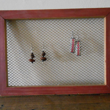Framed Chicken Wire Jewelry Holder