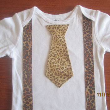 Boy leopard suspender outfit, Boy leopard bow tie Onesuit, boy leopard neck tie Onesuit, boy brown suspender Onesuit, boy brown suspender shirt
