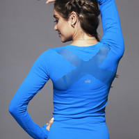 Alo Yoga Exhale Long Sleeve Top in Black