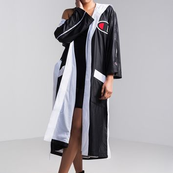 Champion Women's Boxing Robe in Black, Sidline Red