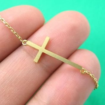 Classic Cross Shaped Sideways Bar Bracelet in Gold | DOTOLY