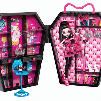 Monster High Draculocker - Shop Monster High Doll Accessories, Playsets & Toys | Monster High