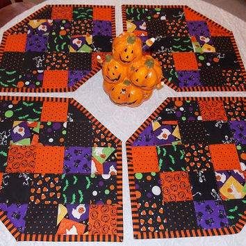 Halloween Place Mats Set of 4