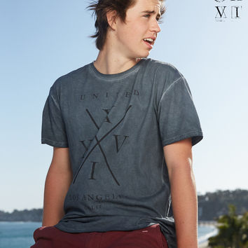 United XXVI Guys Logo LA Longer Length Tee