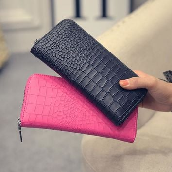 GYD New 2017 Women Purses Vintage Alligator Wallet Zipper Clutch Bag Fashion Designer Female Leather Wallets Famous Brand Purse