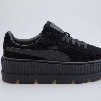 DCK7YE Puma x Fenty By Rihanna Women Cleated Creeper Suede black 366268-04