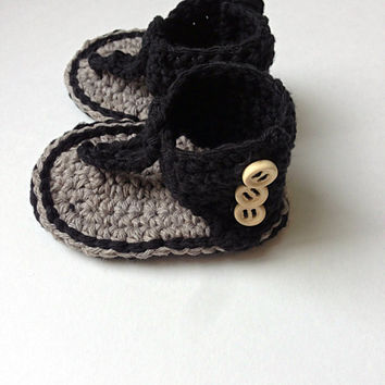 Crochet Black and Gray Baby Girl Gladiator Sandals, children crochet flip flops, knit baby sandal, infant summer shoes, toddler beach sandal