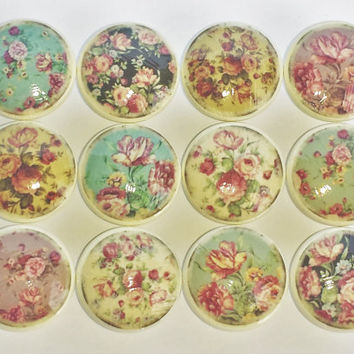 Antiqued Shabby Cottage Florals Cabinet Drawer Knobs   Vintage I