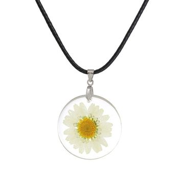 Dried Daisy Flower Necklace